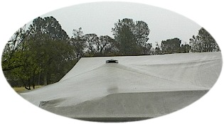 Pole-Vent installed in a boat cover