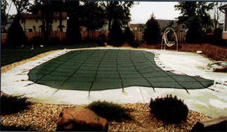 Green safety mesh pool cover