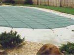 Freeform or kidney shaped pool cover